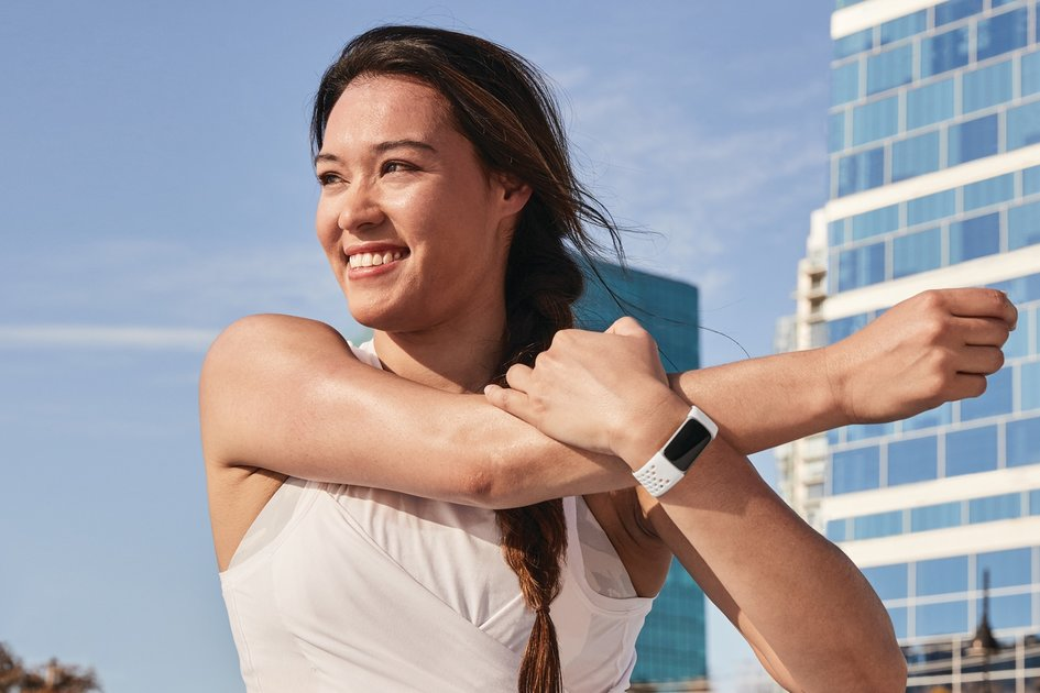 158138 fitness trackers news fitbit charge 5 arrives with thinner design eda sensor and new daily readiness feature image1 we4cvlfea1