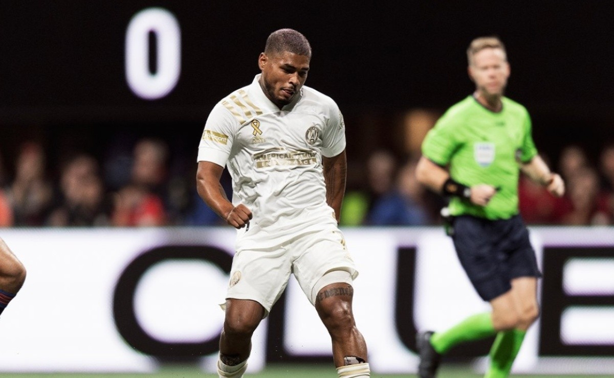 Josef Martinez celebrated his 100th league game with a double