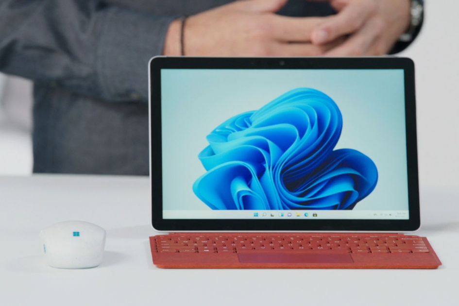 158474 laptops news feature microsoft surface go 3 vs surface go 2 what s changed between generations for microsoft s small 2 in 1 image2 ba8scz2tv7